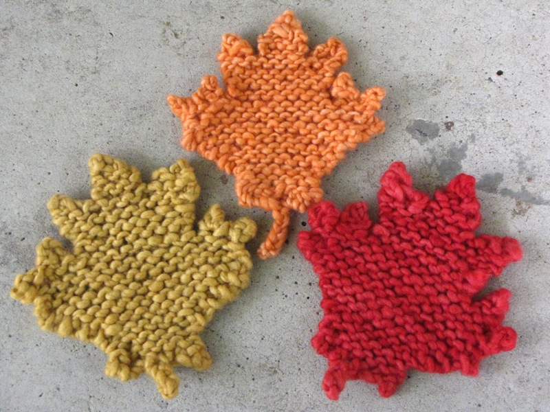 Knit Leaves Pattern : Maple Leaf Knitting Pattern - Natural Suburbia