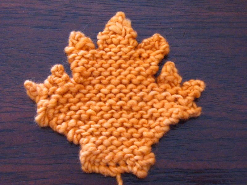 Knitting Pattern For A Maple Leaf : Maple Leaf Knitting Pattern - Natural Suburbia