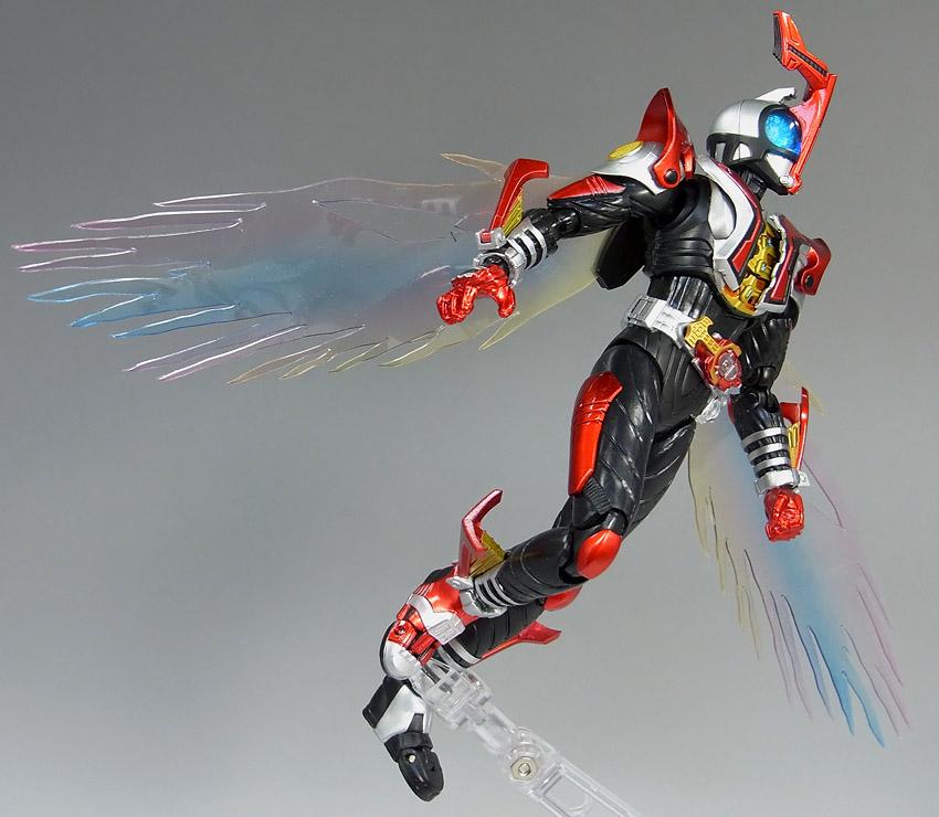 Figuarts Kamen Rider Kabuto Hyper Form - ReviewKamen Rider Kabuto Hyper Form