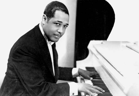 a biography of duke ellington Duke ellington died nearly 40 years ago, but for jazz fans of a certain age his musical creativity and elegant style remain timeless whether he was leading his orchestra in take the a train.