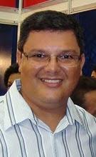 Escritor Marcio Santos