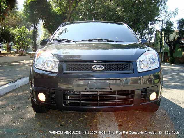 Ford Fiesta Sedan 2009 - Frente Lateral