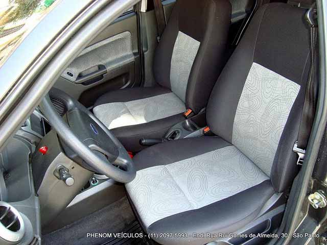 Ford Fiesta Sedan 2009 - Interior Painel