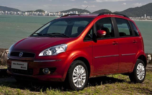 Novo fiat idea 2011 essence 1 6 16v flex e torq traz for Fiat idea attractive top