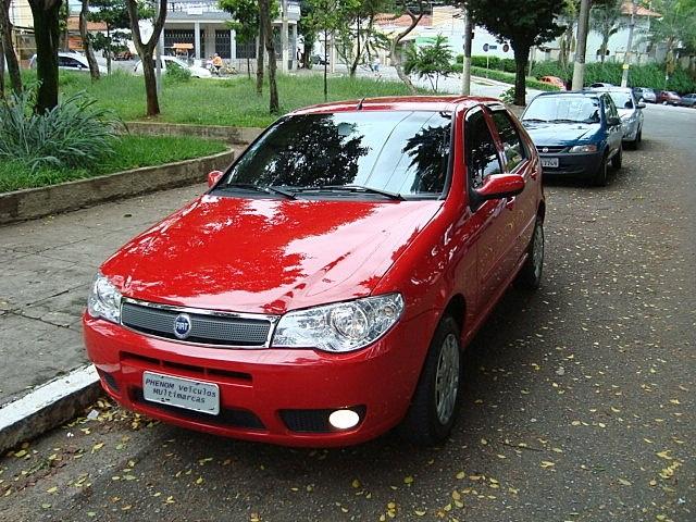 Fiat Palio HLX 2006 1.8 Flex Vermelho - Perfil dianteiro