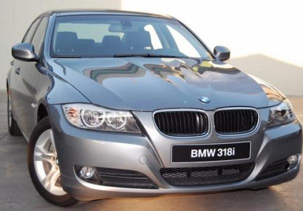 Novo BMW 318i 2012 Brasil - frente