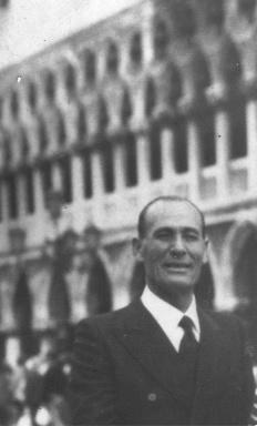 SAIR Principe Giuseppe Aprile von Hohenstaufen Puoti von Colonna d'Avalos Aragona