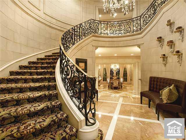Beautiful Curved Staircase In Newport Coast Ca Luxury