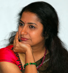 Suhashini - 'Save Raavanan from Piracy'
