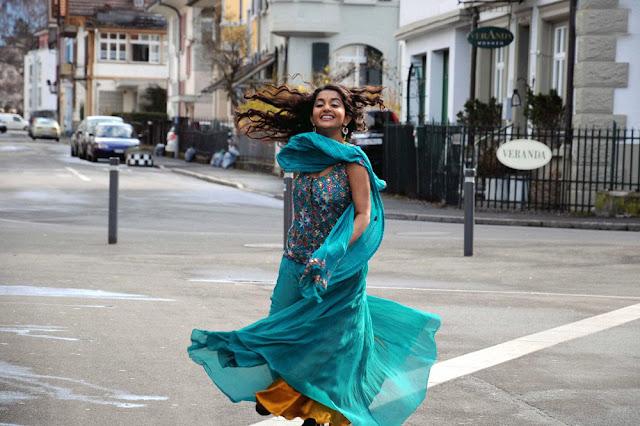 Pen Singam Meera Jasmine and Uday Kiran Stills 9