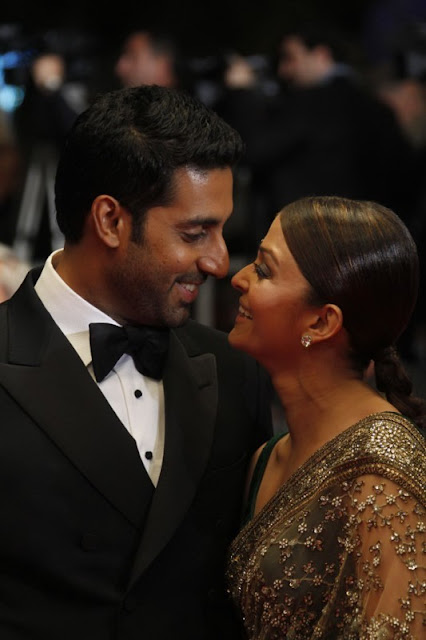 Abhishek Bachchan, Aishwarya Rai Bachchan promote Mani Ratnam's 'Raavan' at Cannes Film Festival