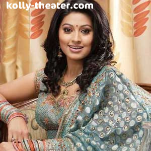 Sneha denies being a mother