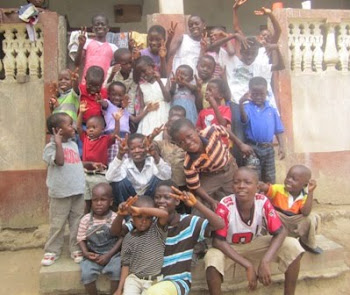 http://laurenghana.blogspot.com.au/2011/01/united-hearts-children-center.html