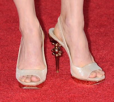 Amy Adams' Foot http://www.zimbio.com/Amy+Adams/articles/ZElGnYFlif_/Amy+Adams+Feet