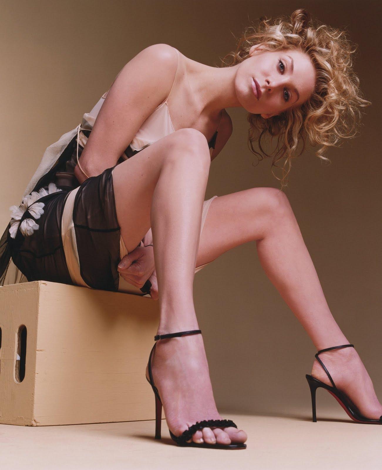 Elizabeth mitchell sexy feet pics
