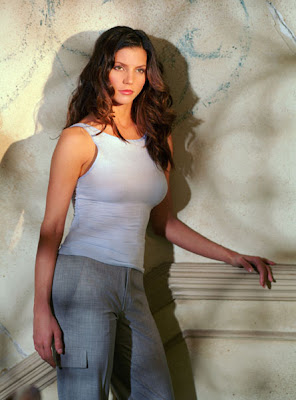 Charisma Carpenter Bra Size | Hot Bra Size Celebrities C Cup Breast Celebrities
