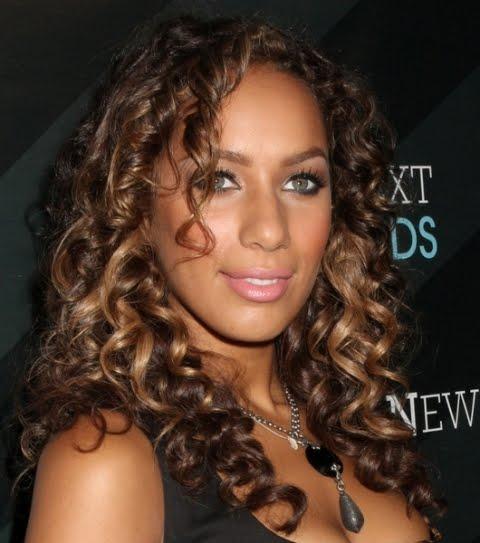 New Celebrity Buzz: Leona Lewis Height