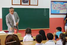 Öğretmenimiz