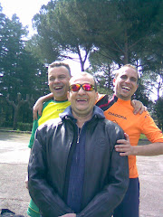 los tres....