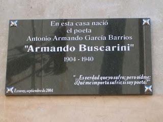 Placa conmemorativa en fachada de su casa natal (Ezcaray)
