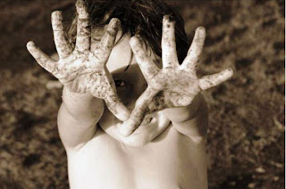 http://4.bp.blogspot.com/_UgvAYur1nko/S-rTuTTaIiI/AAAAAAAAADA/6IhBEhuTSRA/s1600/manos_sucias.jpg