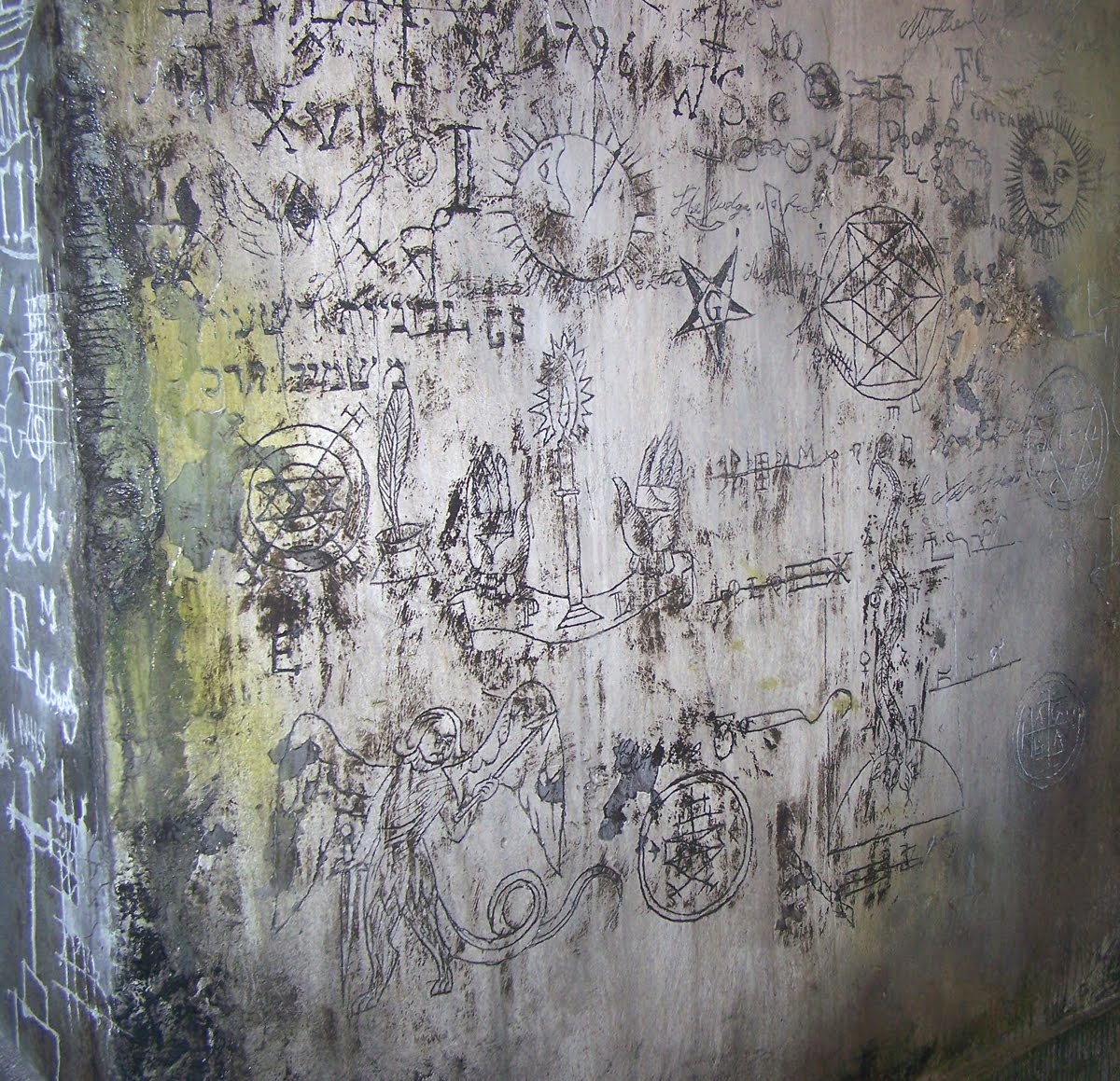 [Sherlock+holmes.Graffiti.blog]