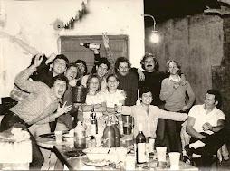 Jóvenes artistas en la Biblio Ameghino, a principios de los 80.