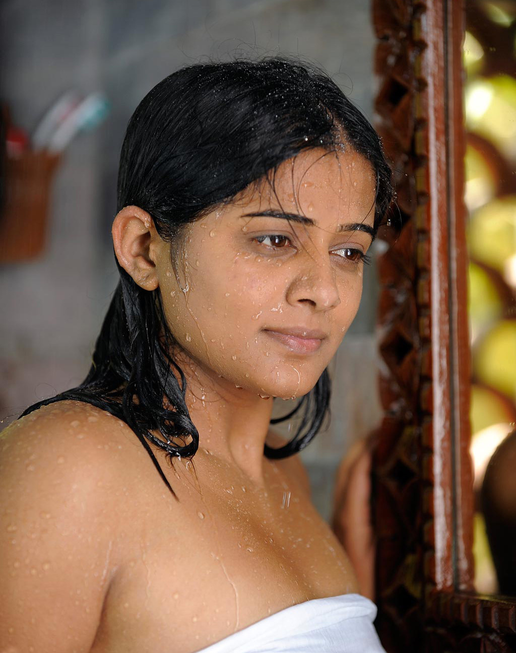 Priyamani Hot Actress