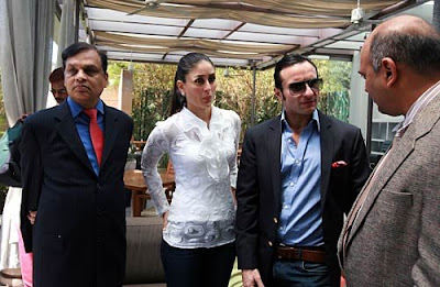 kareena  kapoor  and  saif  ali khan  are the  power  copule  was  interested  in  bidding  for  an  IPL  team.