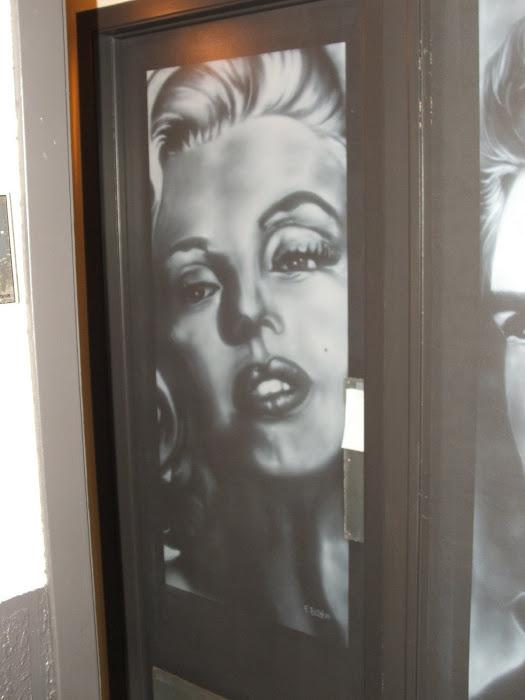 portrait sur porte