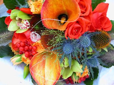 We used Naranga Roses Mango Calla Lilies Eryngium Thistles Echinops and