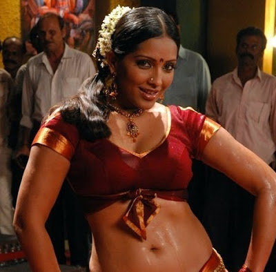 Meghna Naidu's Item Number in Puli Vesham
