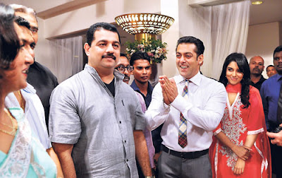 Asin and Salman Khan guests of Rajapakse