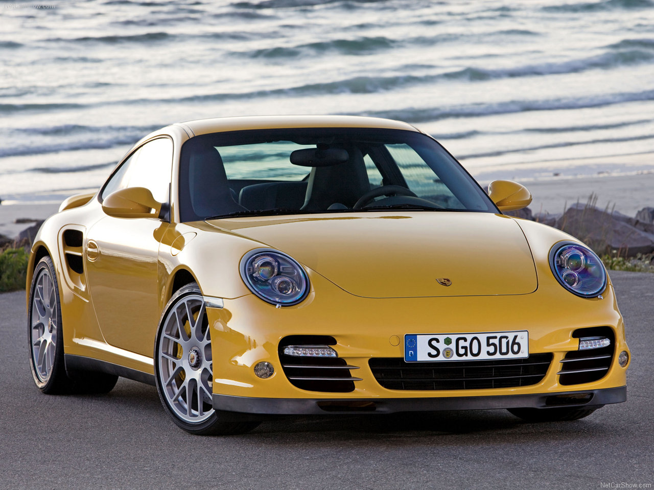 http://4.bp.blogspot.com/_Uo4WUJnySi8/S9J27RM6lCI/AAAAAAAAADc/D4PR_41S-NI/s1600/Porsche-911_Turbo_2010_1280x960_wallpaper_01.jpg