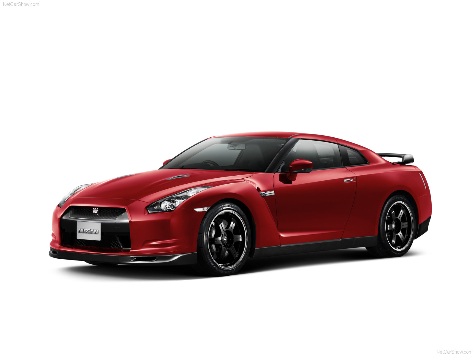 NISSAN SKYLINE GTR WALLPAPER : Free Car Wallpaper 4U