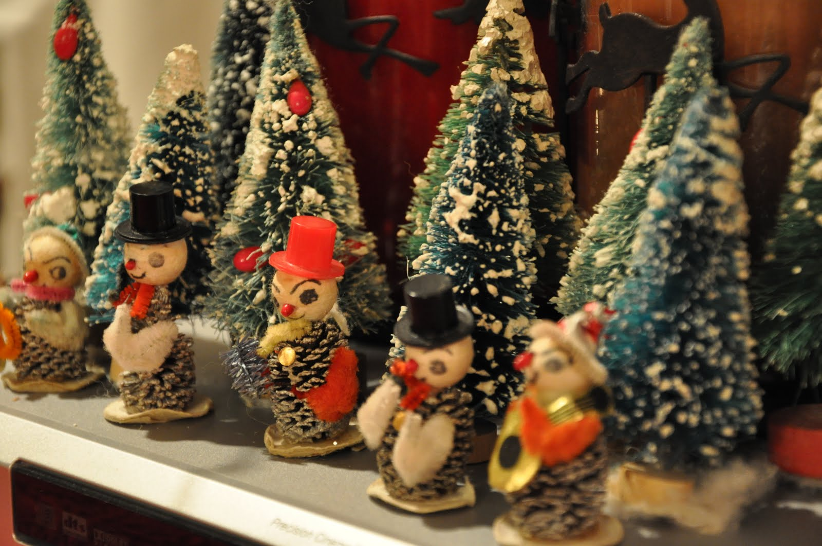 ... Studios Musings: Vintage Wednesday: Vintage Christmas Decorations