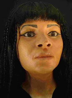 نموذج مجسم لراهبة فرعونية تدعى طحيماء إعتماداً على المسح المقطعي للمومياء