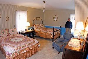 الغرفة المسكونة بشبحين والتي تحمل رقم 7 في نزل شابمان