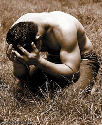 http://4.bp.blogspot.com/_UqRmo_j9ARs/TJ_K9ZAvUkI/AAAAAAAACCI/mZfB_TYiyDM/s1600/turkish_oil_wrestling_guy_crying.jpg