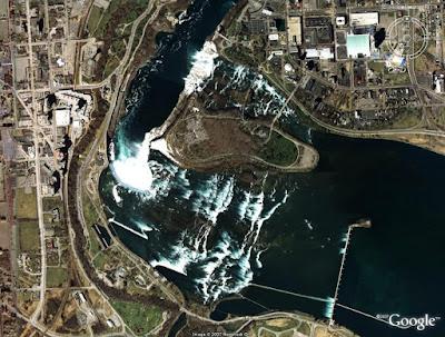 Niagara Falls, Ontario, Canada / New York, United States of America