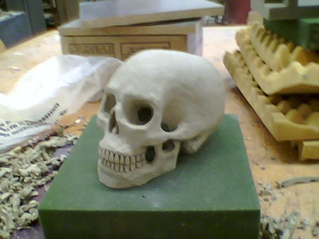 [skull8]
