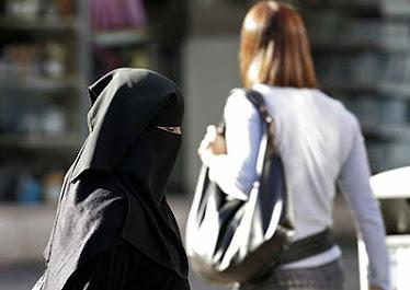 Islam alistaa erityisesti naisia