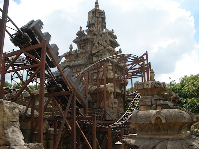 Indiana-Jones-and-the-Temple-of-Peril-Disneyland-Paris