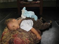 Durmiendo en el suelo