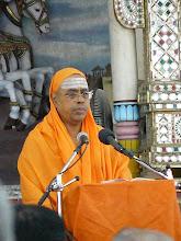 Swami Paramarthananda