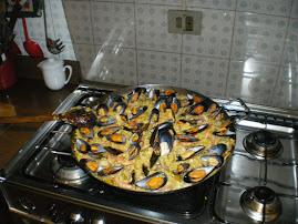 Sabato 17 gennaio 2009, h20 paella in casa Manenti