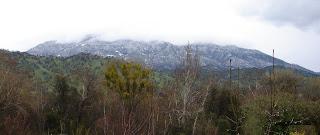 Black-Mountain-with-snow-down-to-2000-feet