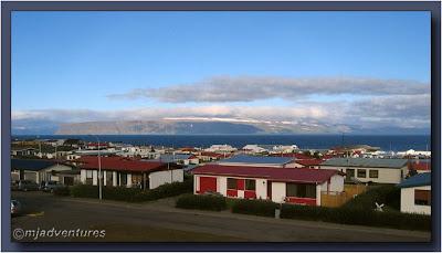 Isafjarðardjúp_fjord_from_Bolungarvik