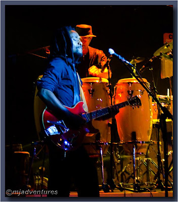 Hugh_Masekela_guitarist_and_percussionist