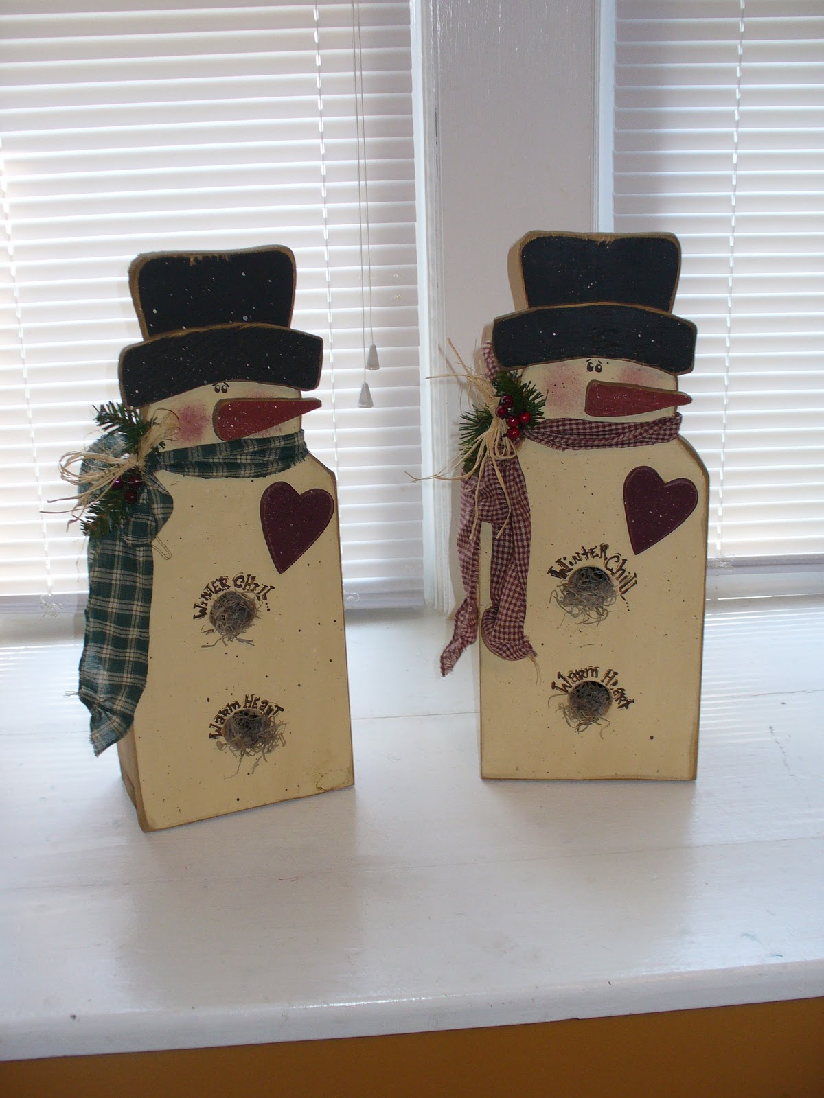 Primitive Wood Snowman Crafts